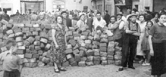 Barricada a la plaça de Sant Pere, 19 de juliol de 1936